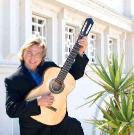 Phil – Classical Guitarist